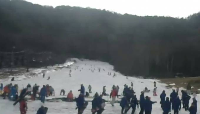 長野県佐久穂町 八千穂高原スキー場ライブカメラ(USTREAM)と雨雲レーダー