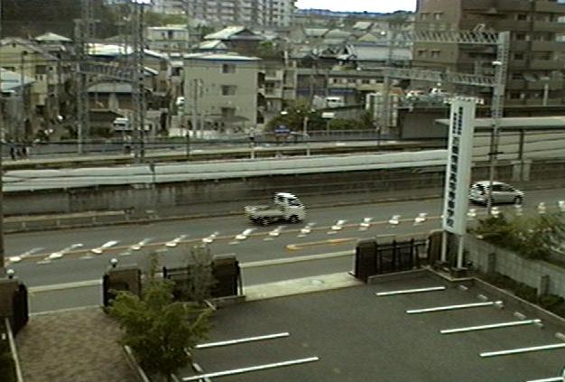 大阪府枚方市 京阪御殿山駅付近がみえるライブカメラと雨雲レーダー