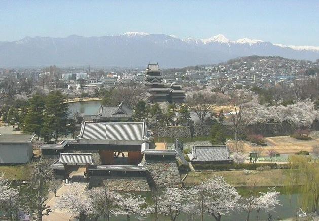 国宝 松本城ライブカメラ