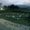 東海大学 阿蘇校舎の中庭と阿蘇山ライブカメラ