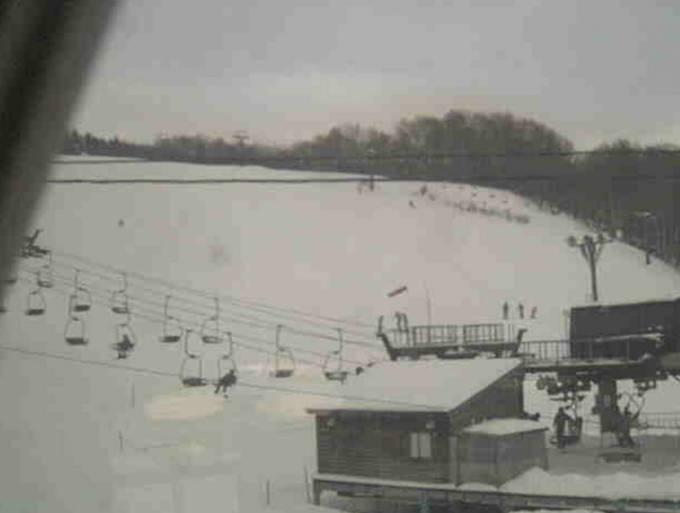 湯殿山スキー場ライブカメラと雨雲レーダー/山形県鶴岡市