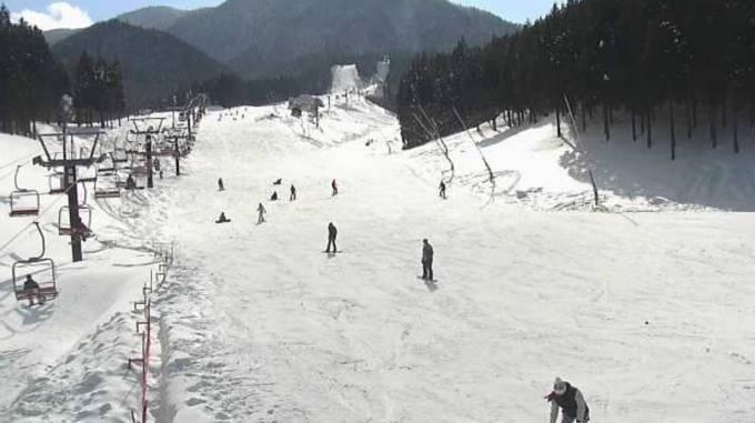 いぶきの里スキー場ライブカメラと雨雲レーダー/岡山県新見市
