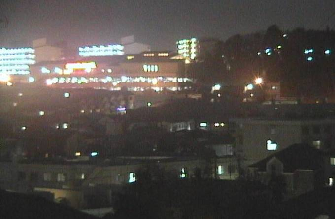 横浜市内住宅地ライブカメラ2と雨雲レーダー/神奈川県横浜市