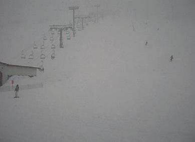 石打丸山スキー場ライブカメラと雨雲レーダー/新潟県南魚沼市