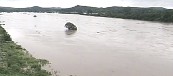 停止中:秋田県記録的大雨ライブカメラ(NHK)と雨雲レーダー/秋田県