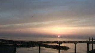 天領の里から望む日本海と「夕凪(ゆうなぎ)の橋」ライブカメラと雨雲レーダー/新潟県出雲崎町