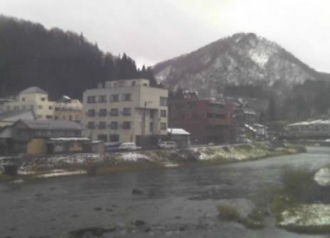 銅山川と三角山ライブカメラと雨雲レーダー/山形県大蔵村