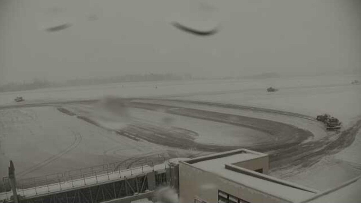 女満別空港 ライブカメラと雨雲レーダー/北海道大空町