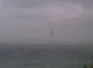 伊計島灯台ライブカメラと雨雲レーダー/沖縄県うるま市