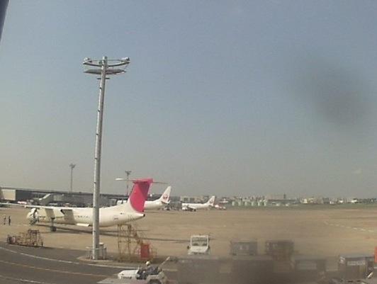 伊丹空港 ライブカメラ(大阪国際空港)[JAL]と雨雲レーダー/大阪府豊中市