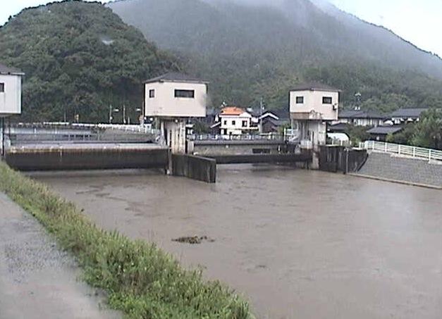 塩見川潮止水門ライブカメラと雨雲レーダー/鳥取県鳥取市