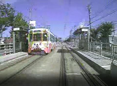 万葉線の走行中の映像がみれる車載ライブカメラ[USTREAM]