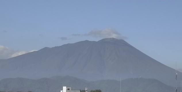 NTT東日本 岩手山ライブカメラと雨雲レーダー/岩手県