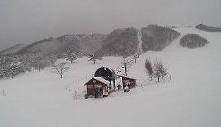 恩原高原スキー場・パノラマゲレンデライブカメラと雨雲レーダー/岡山県鏡野町