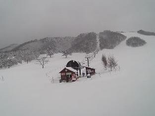 恩原高原スキー場・パノラマゲレンデライブカメラ