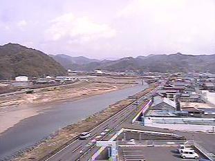 うめ振興館からライブカメラと雨雲レーダー/和歌山県みなべ町