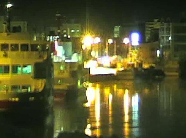 北海道網走市:流氷硝子館からのライブカメラ