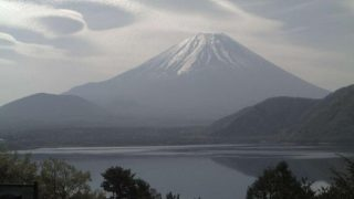 本栖湖から見える富士山ライブカメラ2と雨雲レーダー/山梨県身延町
