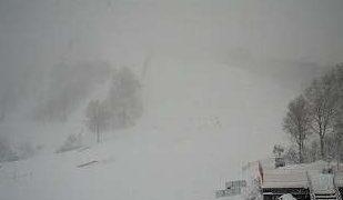 かぐらスキー場のメインゲレンデライブカメラと雨雲レーダー/新潟県湯沢町