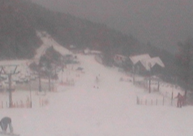 井川スキー場腕山山頂ライブカメラと雨雲レーダー/徳島県三好市