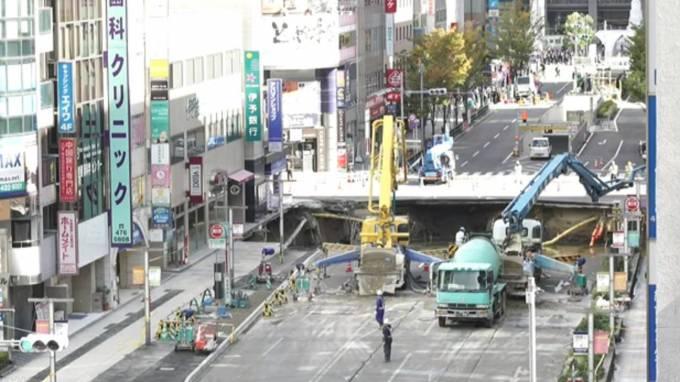 停止中:博多駅前の道路陥没ライブカメラ(NHK)と雨雲レーダー/福岡県福岡市