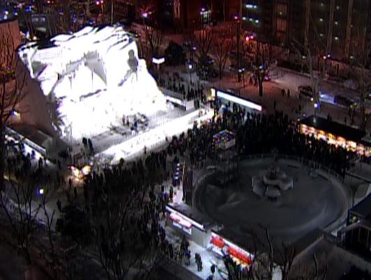 さっぽろ雪まつり札幌 大通公園(西4丁目)ライブカメラ