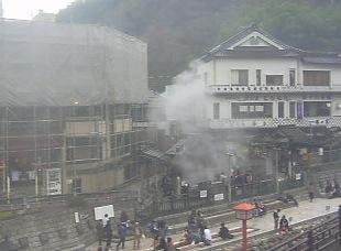 湯村温泉・荒湯付近と国道9号ライブカメラ