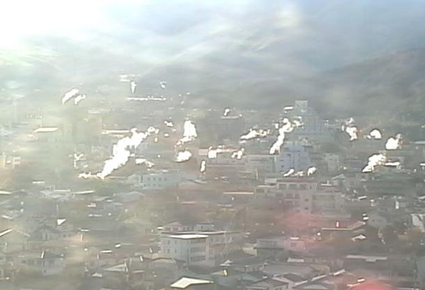 湯けむり展望台周辺が見える別府湯けむりライブカメラと雨雲レーダー/大分県別府市