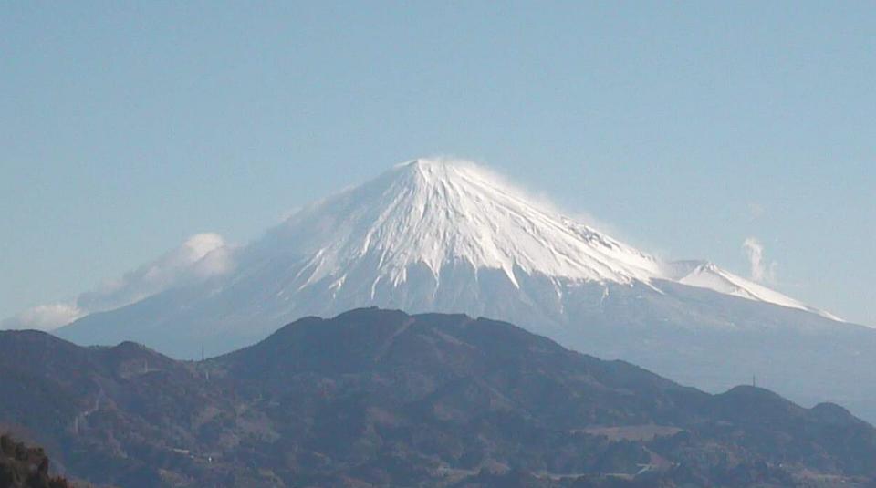 静岡県静岡市 薩埵峠・富士山全景ライブカメラと雨雲レーダー