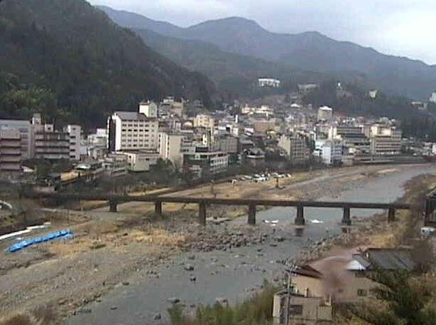 下呂温泉街・位山自然の家・道の駅「はなもも」など各地周辺と飛騨川などの川ライブカメラ(9ヶ所)