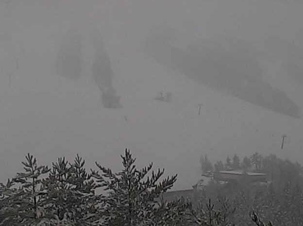 たざわ湖スキー場黒森山山頂ライブカメラ