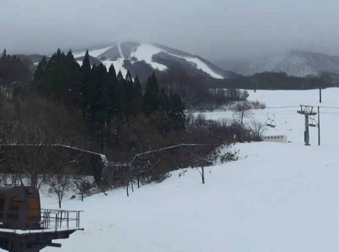 たざわ湖スキー場ゲレンデライブカメラと雨雲レーダー/秋田県仙北市