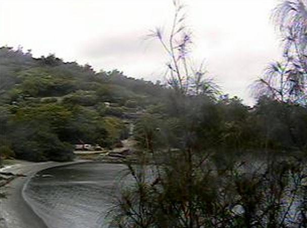 父島・扇浦海岸ライブカメラと雨雲レーダー/東京都小笠原村