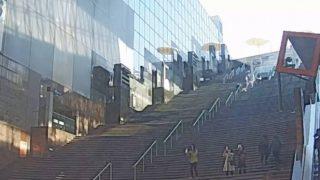 京都駅ビル大階段前ライブカメラと雨雲レーダー/京都府京都市