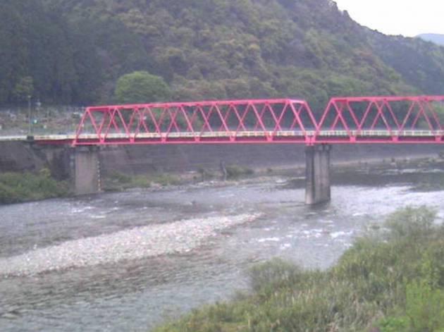 停止中:岐阜県美濃市 長良川と洲原橋ライブカメラと雨雲レーダー