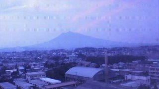 岩木山ライブカメラと雨雲レーダー/青森県弘前市
