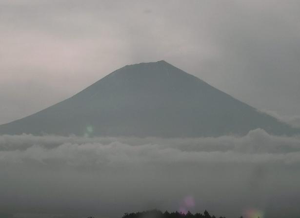 静岡県富士宮市 猪之頭庁舎から見える富士山ライブカメラと雨雲レーダー