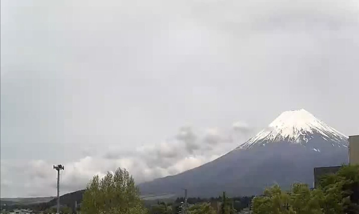 富士山 ライブカメラと雨雲レーダー/山梨県富士吉田市上吉田