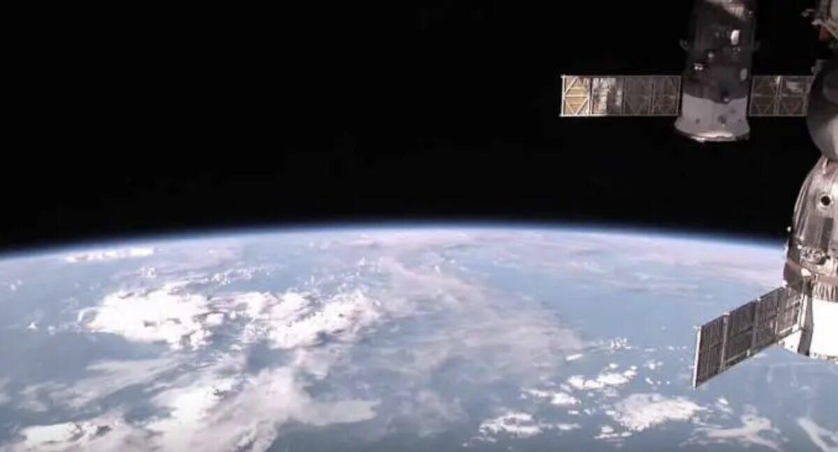 NASA 国際宇宙ステーション(ISS) ライブカメラ