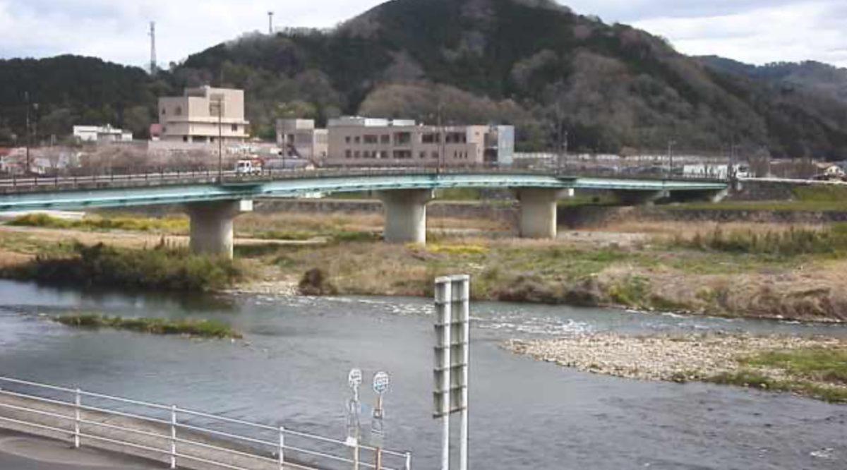 落合大橋と旭川 ライブカメラと雨雲レーダー/岡山県真庭市