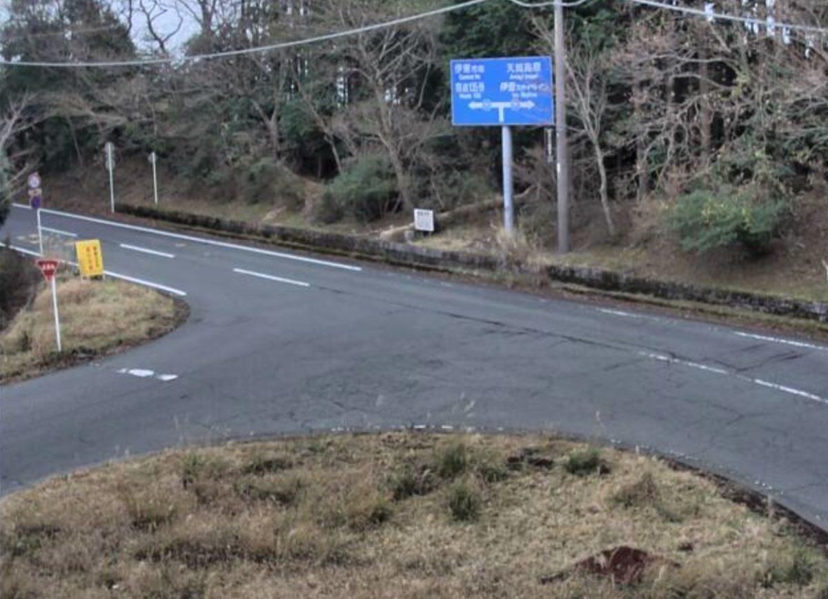 県道111号・遠笠山富戸線 鹿路庭峠 ライブカメラと雨雲レーダー/静岡県伊東市