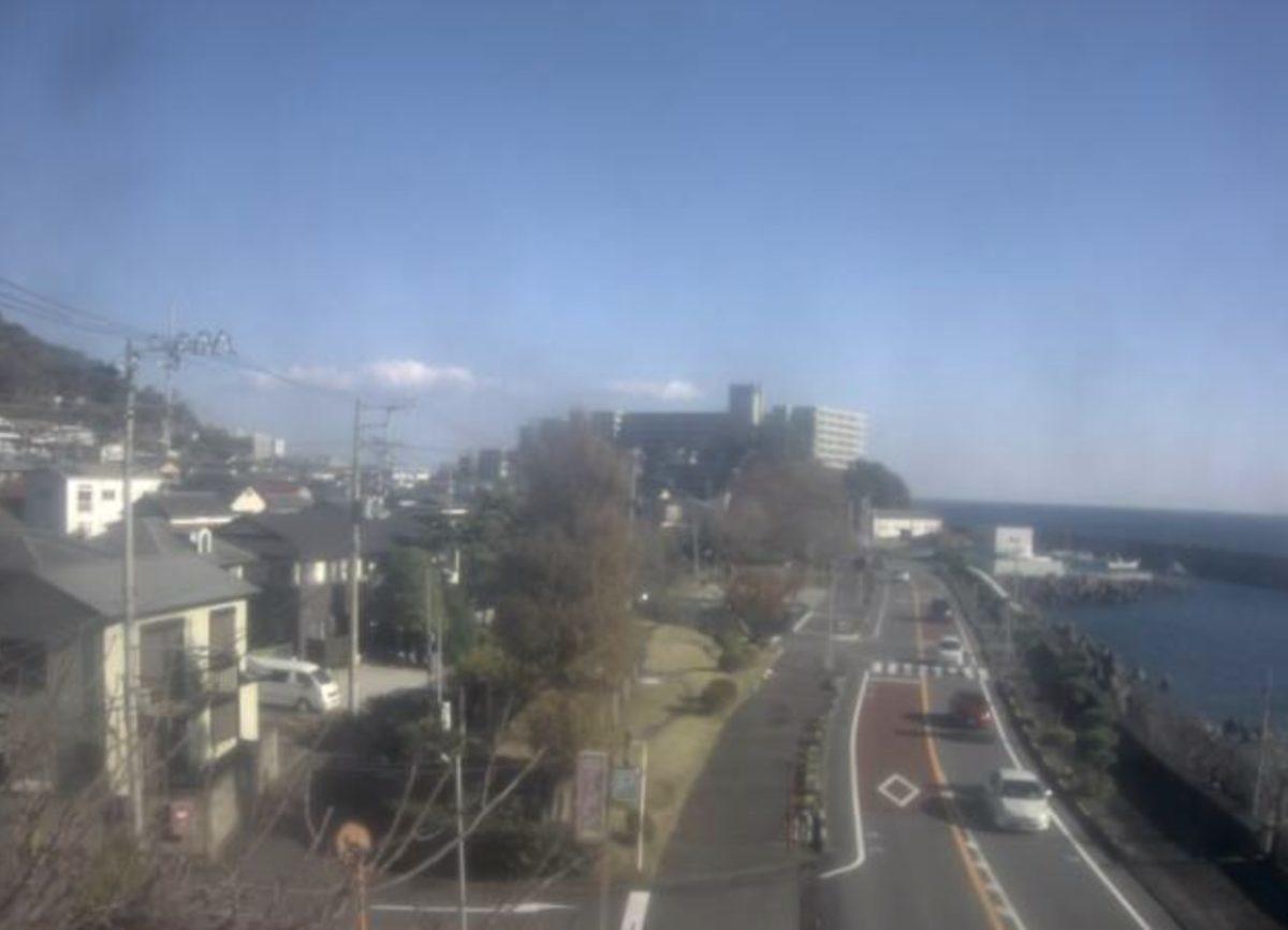 国道135号・上多賀 ライブカメラと雨雲レーダー/静岡県熱海市