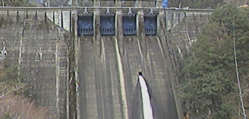 ライブ カメラ ダム 川上