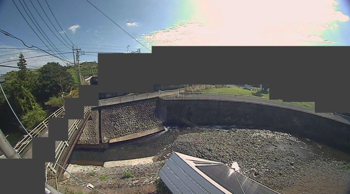室川・尾崎橋ライブカメラと雨雲レーダー/神奈川県秦野市尾尻