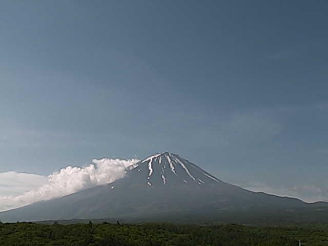 鳴沢村からの富士山 ライブカメラと雨雲レーダー/山梨県南都留郡鳴沢村