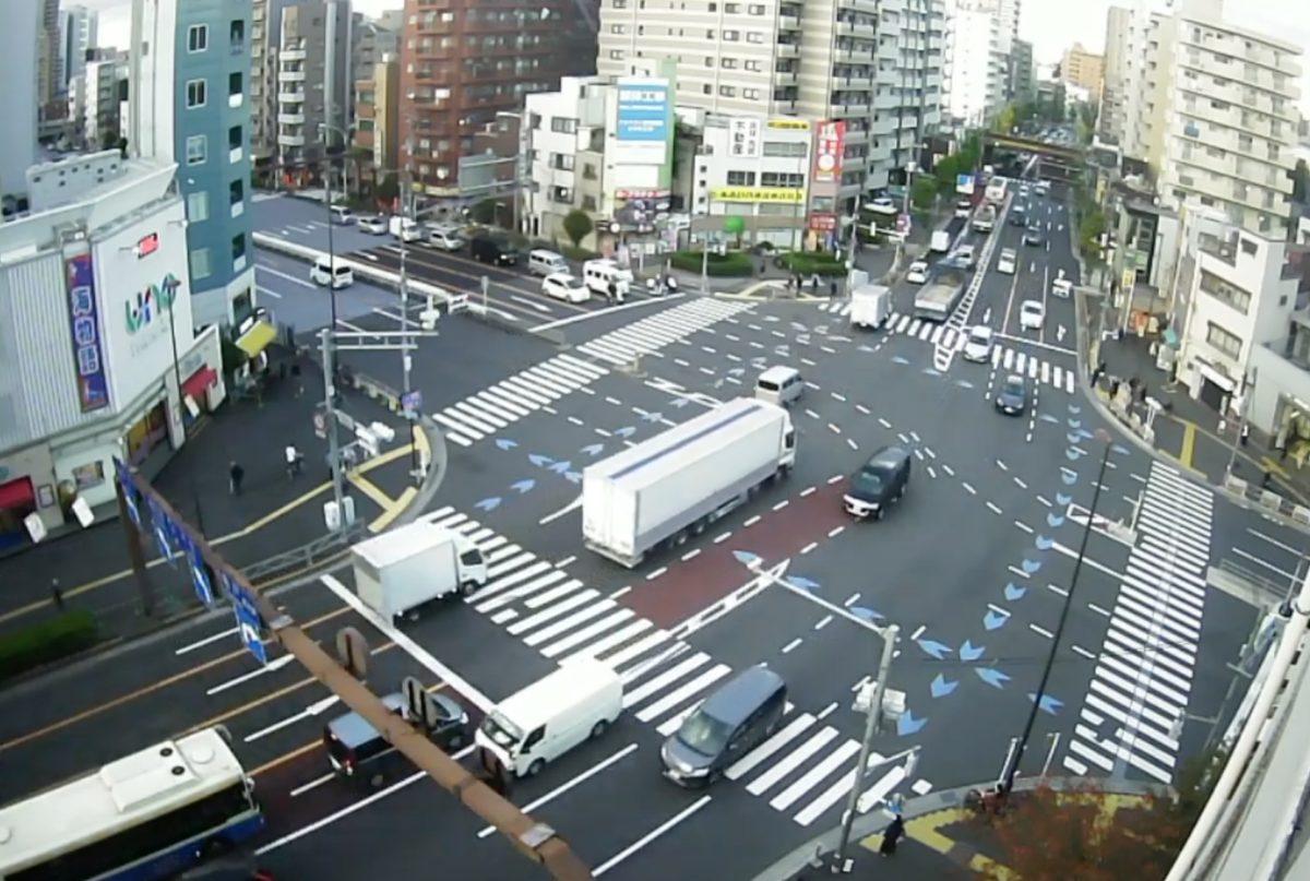 大関横丁交差点 ライブカメラ(三ノ輪駅前)と雨雲レーダー/東京都台東区