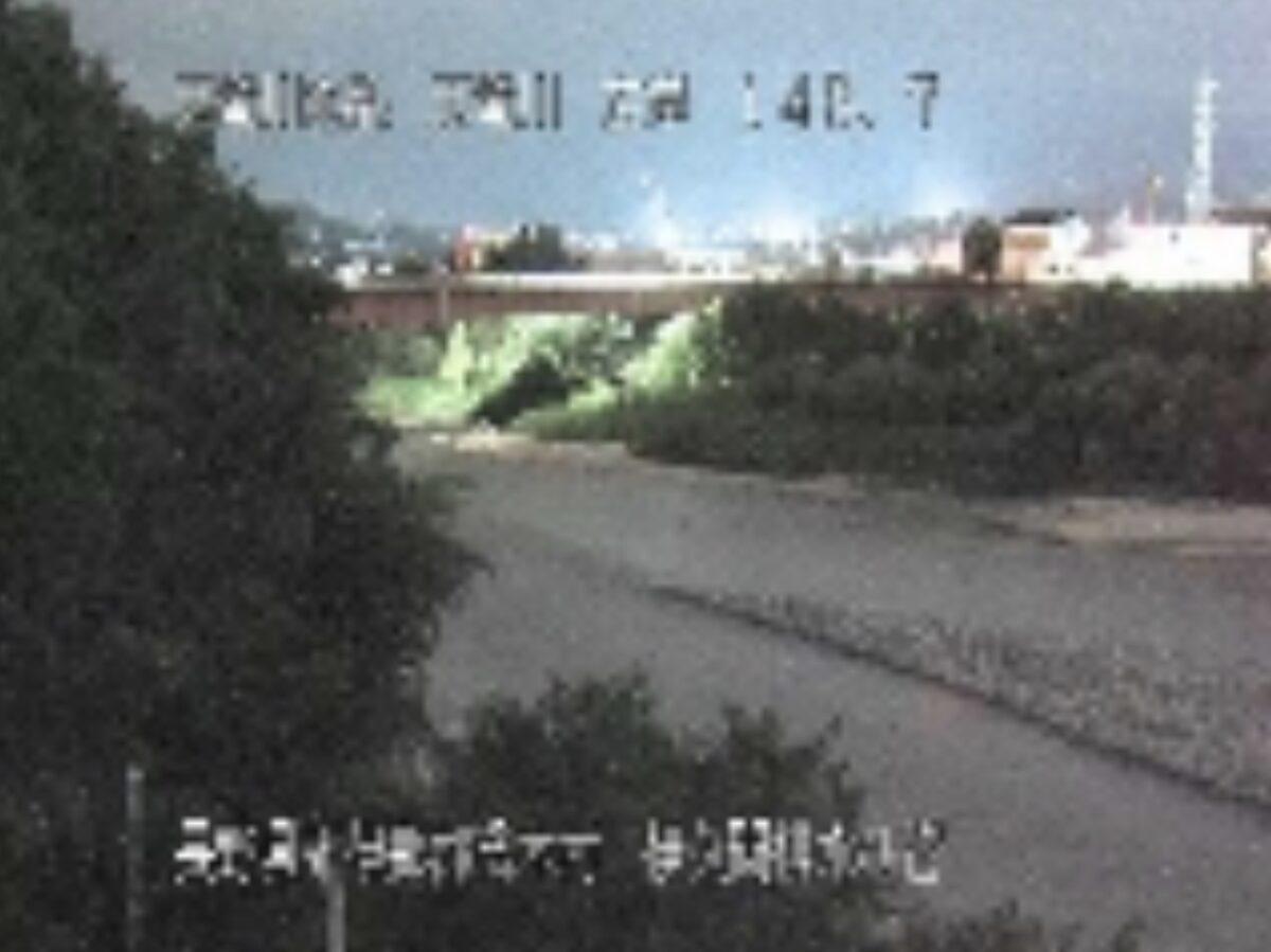 天竜川・伊久間排水ひ管ライブカメラと雨雲レーダー/長野県喬木村伊久間