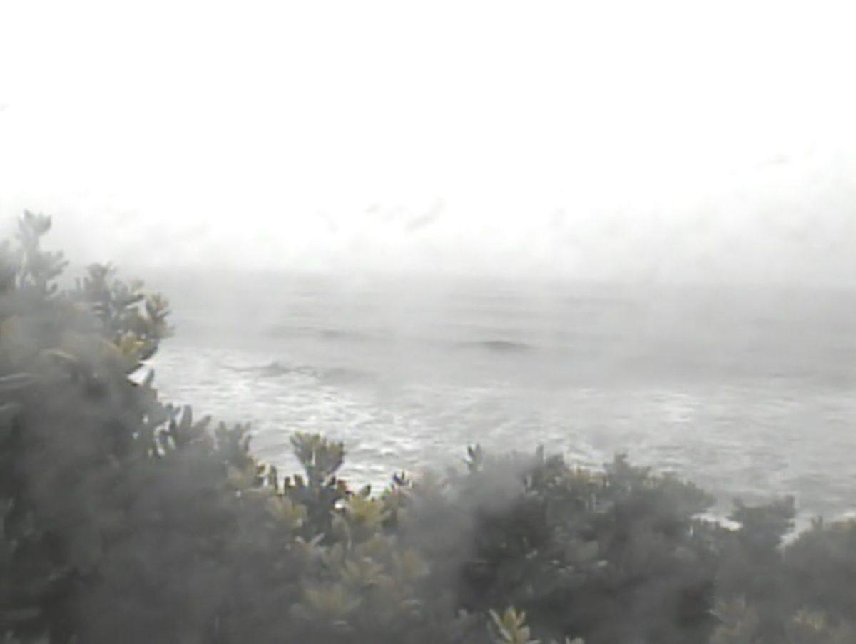 能野海水浴場 ライブカメラ(種子島)と雨雲レーダー/鹿児島県西之表市