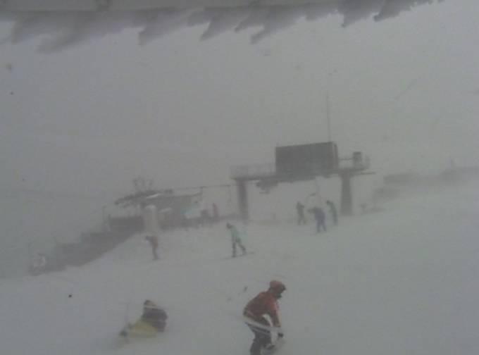 停止中:五ヶ瀬ハイランドスキー場ライブカメラと雨雲レーダー/宮崎県五ヶ瀬町