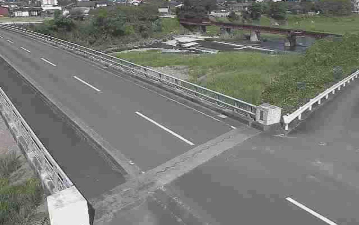 球磨川水系 免田川 ライブカメラ(あさぎり橋)と雨雲レーダー/熊本県あさぎり町